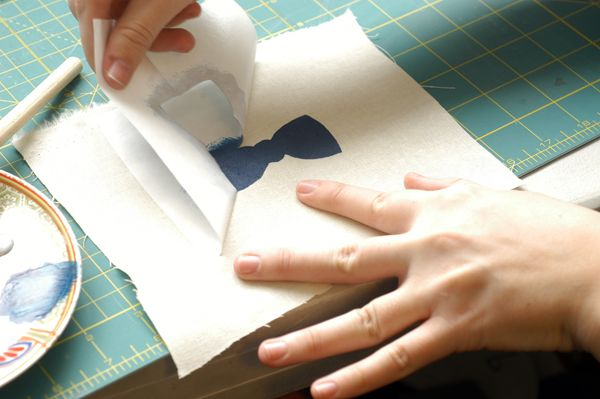 7 Really Fantastic Freezer Paper Crafts