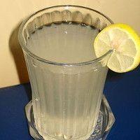 Kilo vermenin en hesaplı yolu! Her gece 1 bardak içerek 6 kilo verin!