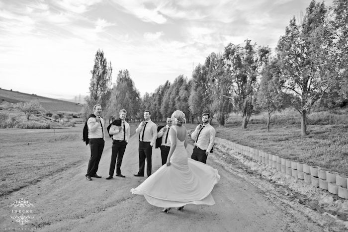 https://ineckephotography.wordpress.com/2014/10/02/martie-guillaume-wedding-day-rhebokskloof/