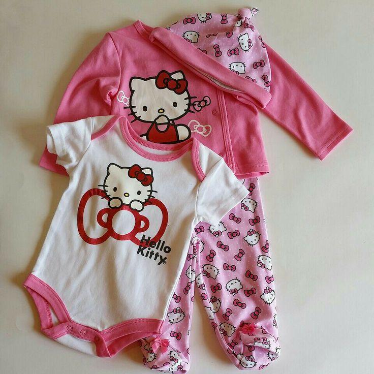 #fzonestyle  Ref. Vestido Hello Kitty Rosa Oscuro. Edad: 6-9 meses. Prendas: Camiseta, pantalòn, gorro y body. Valor: $70,000 (COP)