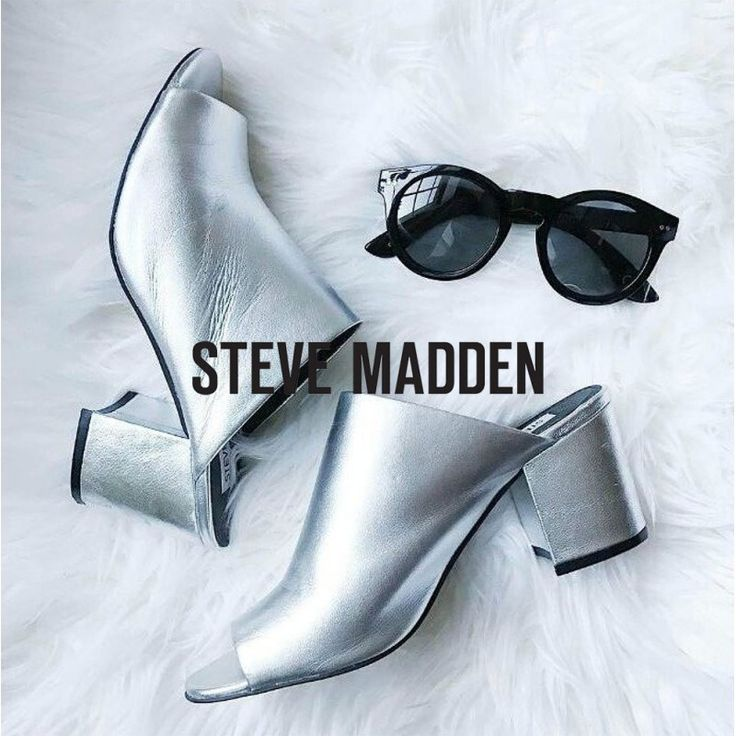 Steve Madden Infinity silver leither