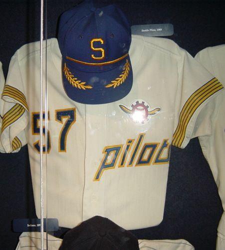 Top 10 Ugliest Baseball Uniforms of All Time