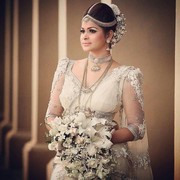 Wedding Hairstyle In Sri Lanka: Srilankan Kandyan Bride