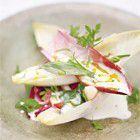 Jamie Oliver: witlofsalade met peer en appel recept - Salade - Eten Gerechten - Recepten Vandaag