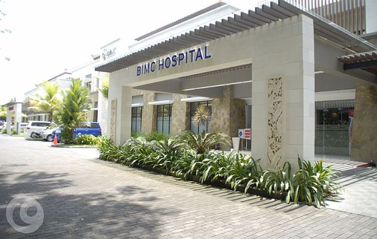 Our project on 2011. Located in the center of the Bali Tourism Development Corporation (BTDC) complex, BIMC Hospital Nusa Dua is considered Indonesia's first medical tourism hospital and destination.  #gagasnava #signage #consultant #signagedesign #wayfinding #environmentalgraphicdesign #egd #architecture #bimchospital #bimcnusadua #hospital #nusadua #bali