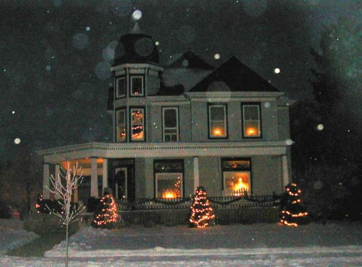Victorian christmas house images for Classic house nights
