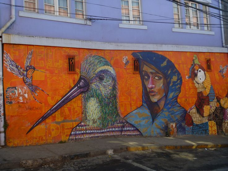 Valparaiso is full of awesome street art - everywhere you go there's a cool mural or creative touch.  Chile// Travel// Backpacking// Things to do// Tips//