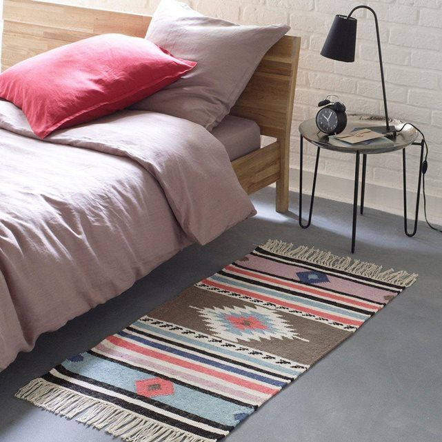 les 25 meilleures id es de la cat gorie descente de lit sur pinterest tapis mouton tapis peau. Black Bedroom Furniture Sets. Home Design Ideas