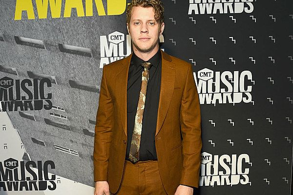 Anderson East is set to release his sophomore album, 'Encore', in January of 2018, and The Boot has rounded up everything fans need to know about the project.