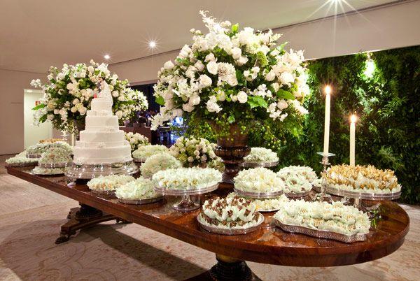 decoração de casamento branco e verde