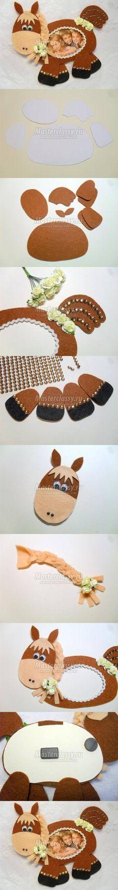 DIY Felt Horse Picture Frame diy how to tutorial