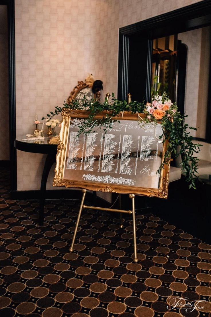 Gatsby style mirror guest card reception #greenery#toronto