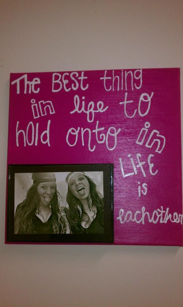 Cute canvas ideas! :) thin canvas and put pictures around it using clothespins