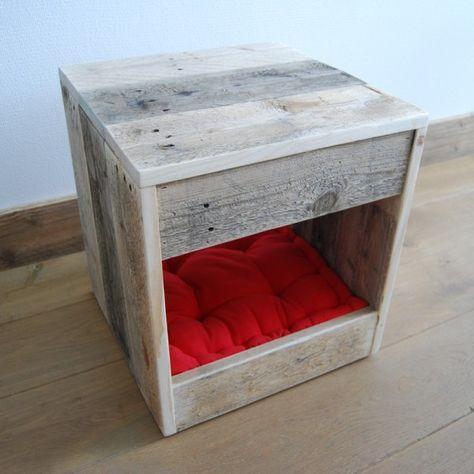 Tafel kattenhuis 40x40x42 van oud hout incl kussen04