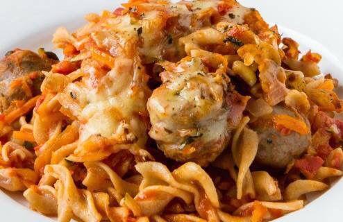 Sausage & Veggie Pasta Bake - A super popular recipe from our 28 Day Weight Loss Challenge. Free recipe here: https://www.healthymummy.com/recipe/sausage-veggie-pasta-bake/