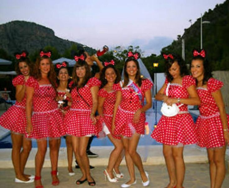 Despedida de soltera/ Bachelorette party temática Disney Minnie Mouse #LunaMiel