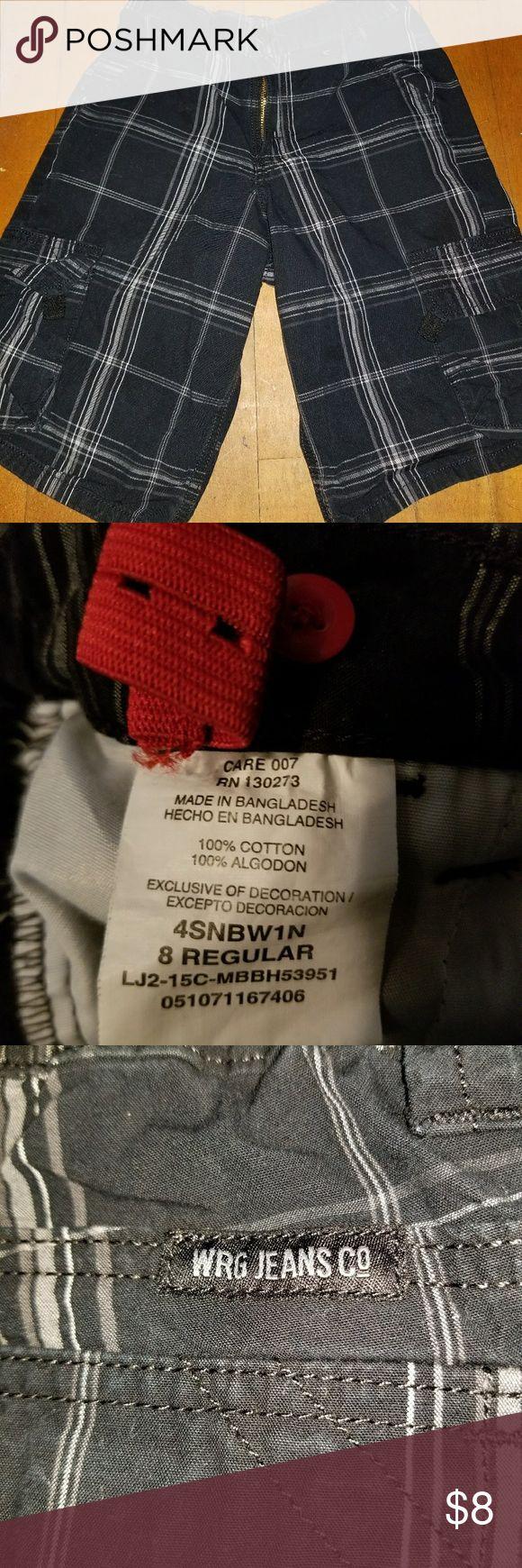 Boys cargo shorts Hardly worn. Great condition. Has tabs inside to tighten waist. Wrangler Bottoms Shorts