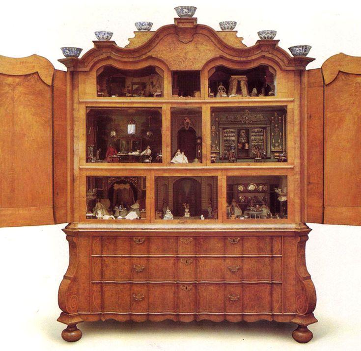 17 Best Images About Antique Dollhouse On Pinterest