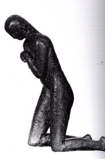 1910 - Rugaciune .Aceasta statuie exprima prin formele sale curajos simplificate, primul semn al unei orientari artistice care va deveni o cotitura in sculptura Europeana moderna. De fapt este lucrarea care reda cel mai bine noua tendinta in conceptia artistica a lui Brancusi intre 1907 – 1910.