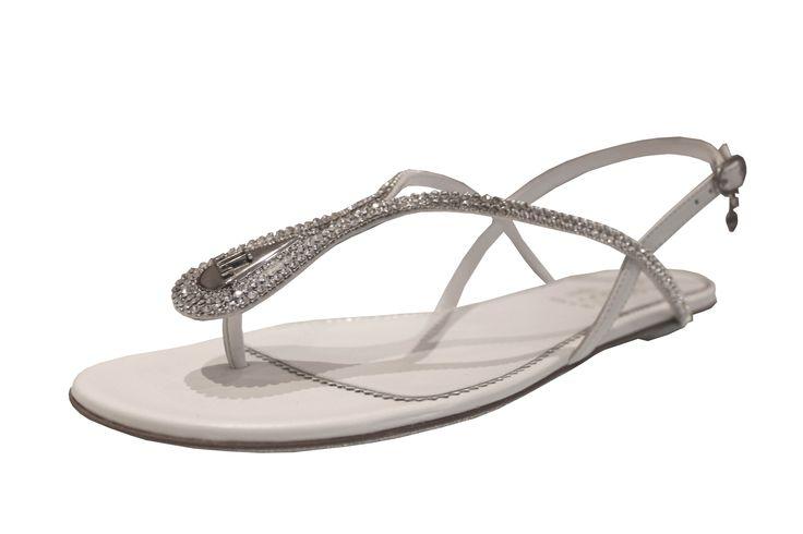 Loriblu Sandalet: Swarovski taşların şıklığıyla bezenmiş, zarif ve modern bir sandalet.