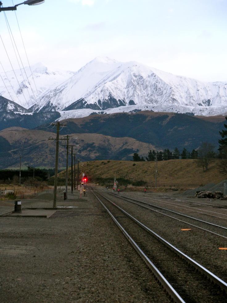 Christchurch train to Greymouth - New Zealand - Kiwi Experience