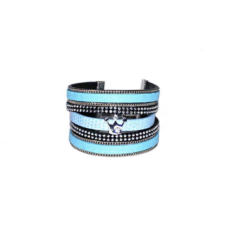 Bracelet Manchette multirangs en cuir bleu ciel et noir fait main : Bracelet par les-bijoux-de-petiteauguai