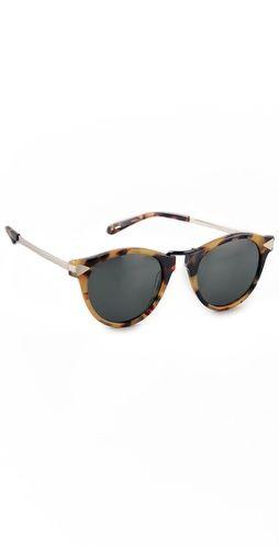 In love with these Karen Walker sunglasses!