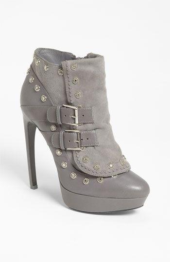 Alexander McQueen #heels #shoes #high #boot #edgy #daring #sexy #powerful #beautiful #irresistible #addictive #fashionable #trendy #design #fun #seductive #wonderful #feminine #stiletto