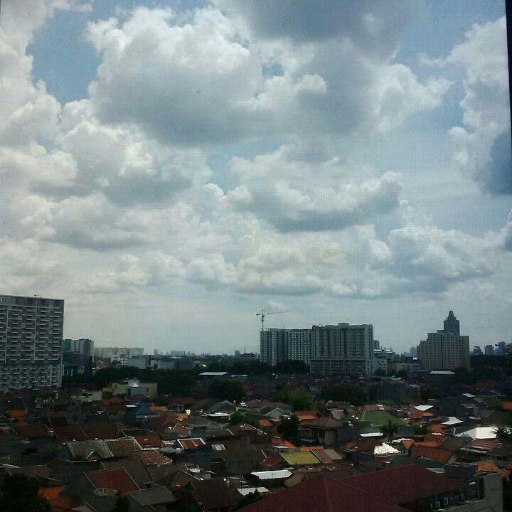 Selamat siang, wahai awan ! #jumat20sept16
