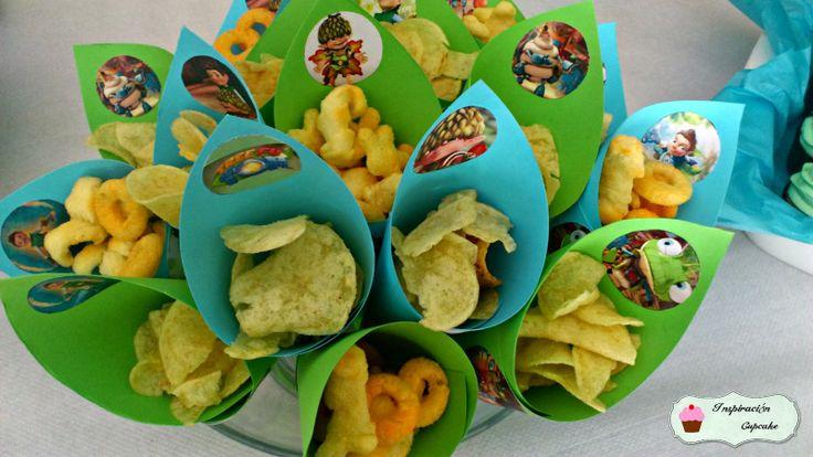 Inspiración CupCake: Fiesta Tree Fu Tom!!! {Tarta decorada con buttercream + Cupcakes con toppers + ideas para una fiesta}