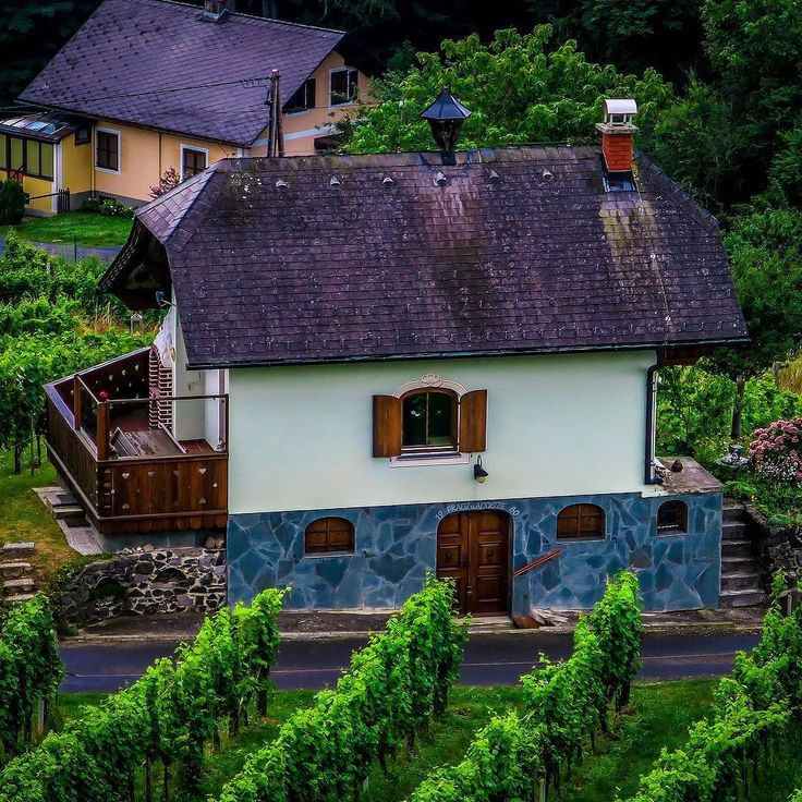 If I would retire some day this could be the place to do it ;-) #austria #tieschen #travel #canong7x #photography