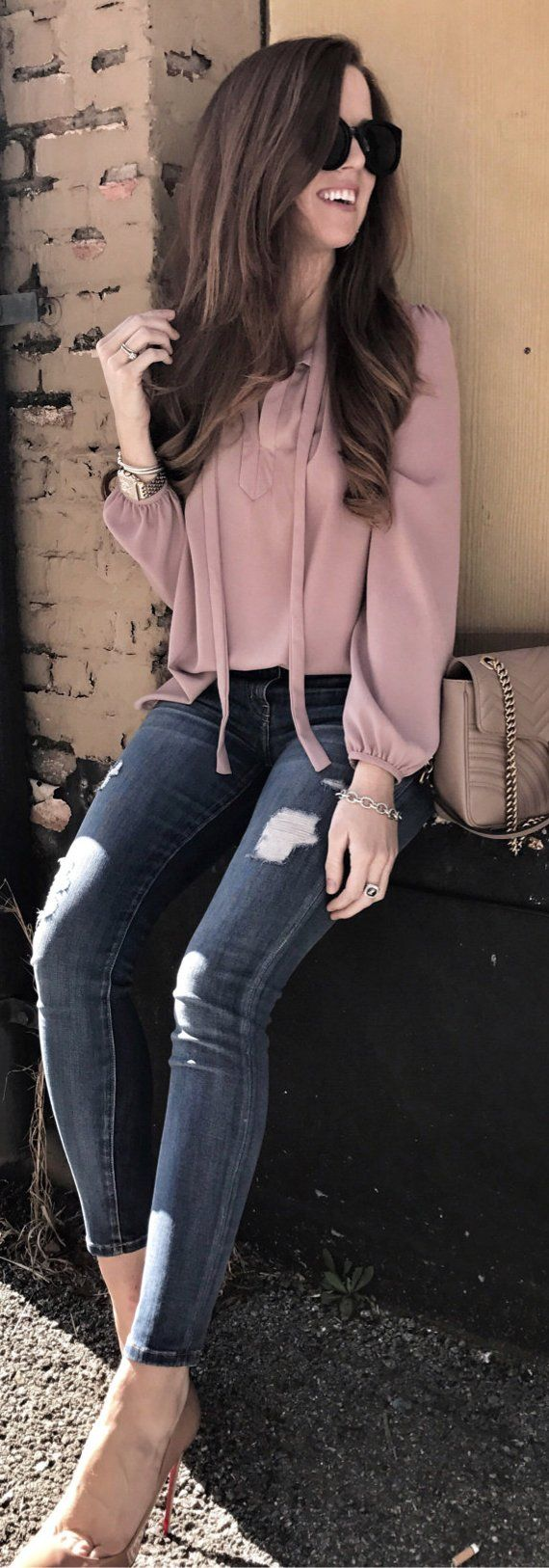 #spring #outfits /  Pink Blouse / Ripped Skinny Jeans / Brown Shoulder Bag