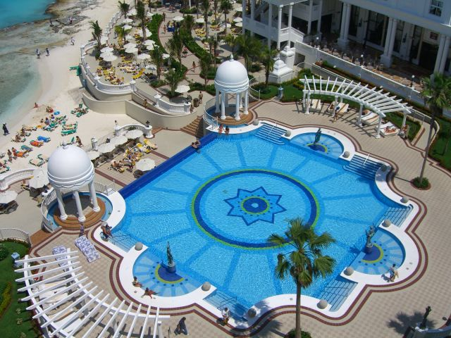 Inversión de 107 millones de euros en un nuevo hotel en Cancún, México, con servicio con 'pulsera'   Mexico Current News and Mexico Current Events, all the Latest News on Mexico Today