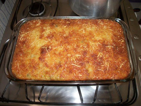 A Torta Cremosa de Abobrinha é prática, deliciosa e perfeita para o lanche ou para acompanhar a sua refeição. De qualquer forma, será maravilhoso! Veja Tam