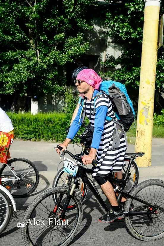 Skirtbike 2016, Constanta, men in skirt