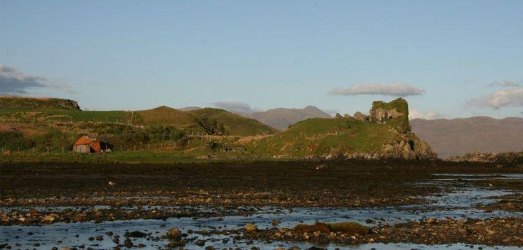 Castelos na Ilha de Skye, Sound of Sleat, Highlands and Islands, castelos escoceses, menos conhecidos castelos escoceses, turísticos castelos escoceses, casar em um castelo, para férias, casa de campo escocês na Escócia, casa de férias junto ao mar, vista para o mar casa de férias , Schlösser auf der Ilha de Skye, Sound of Sleat, Highlands und Inseln, schottische Schlösser, weniger bekannten schottischen Burgen, Reise schottischen Burgen, auf einem heiraten schottischen Schloss, ...