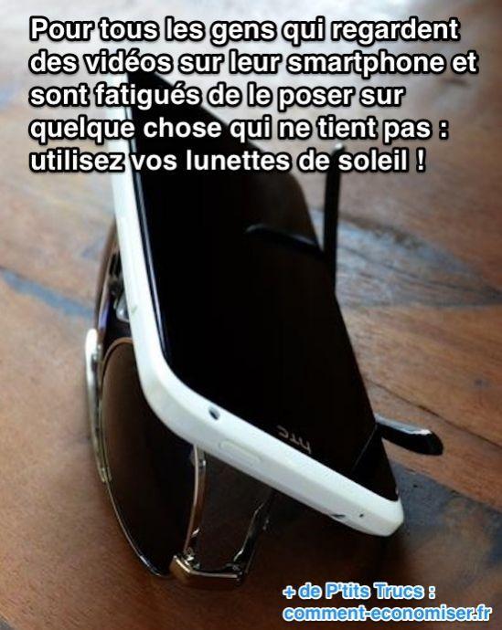 Pas facile de trouver un bon support pour poser votre téléphone, pas vrai ?  Découvrez l'astuce ici : http://www.comment-economiser.fr/support-gratuit-smartphone.html?utm_content=buffer71be5&utm_medium=social&utm_source=pinterest.com&utm_campaign=buffer