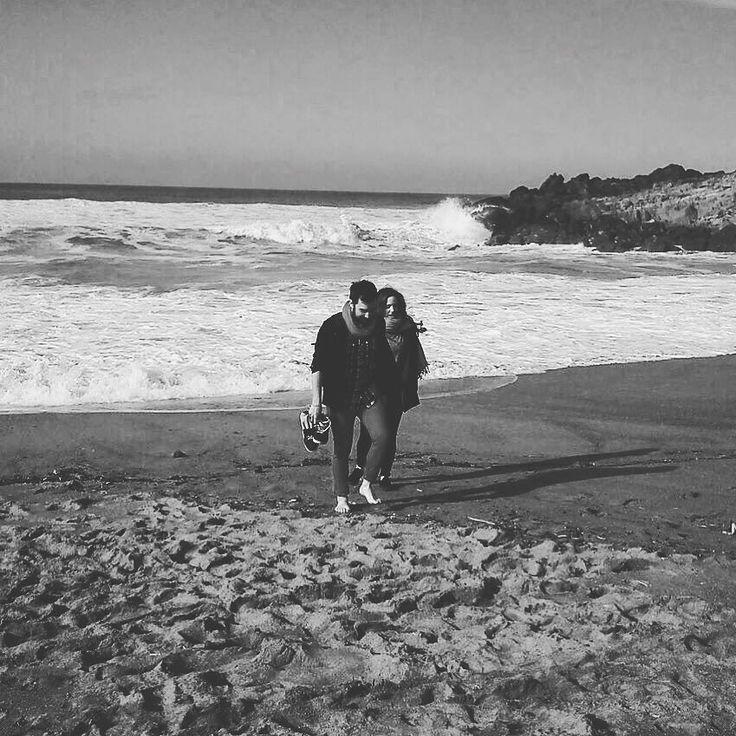 Con esta me despido por hoy :) #SisterInLaw #brotherinlaw #brother #sister #sea #amazing #waves #sand #beach #love #blackandwhite #white #black #instapic #instagram #instamood #instagrammers #sebamarin #socialmedia