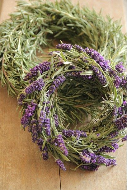Fresh rosemary and lavender wreath via sarahthearchitect