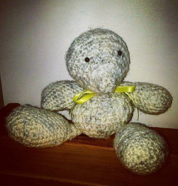 Crochet polar bear ~ Free Crochet Pattern Crochet Material: White 100% wool…