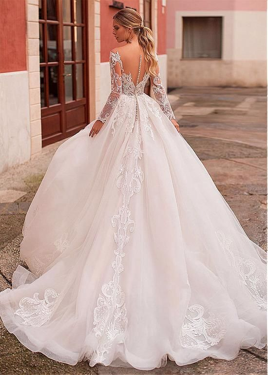 [198.80] Exquisite Tulle Bateau Neckline A-line Wedding Dress With Lace Appliques