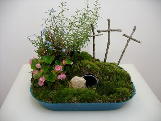 Step by step instructions for how to make an Easter Garden