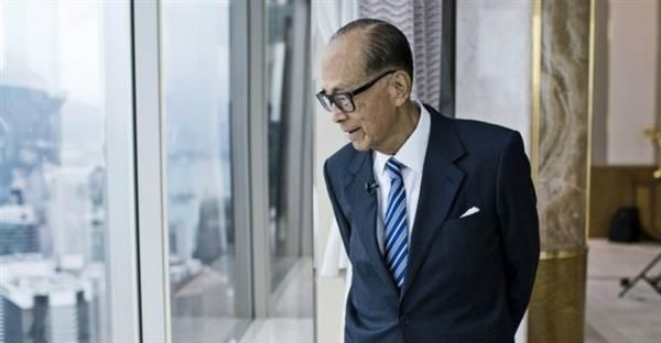 Billionaire Li Ka-shing eyes 3D printed cars and artificial intelligence   http://www.3ders.org/articles/20161005-billionaire-li-ka-shing-eyes-3d-printed-cars-and-artificial-intelligence.html