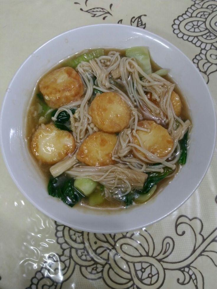 Pok choy tofu with enoki