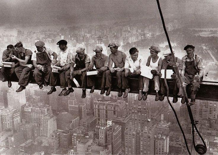 Legendární motiv - pohlednice - New Yourk - Lunch on a skyscraper