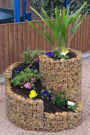 Tradycyjnego krajobrazu / Yard ogrodzenia podniesione łóżka, Gabiony Herb spirale, zewnętrzne kamienne podłogi