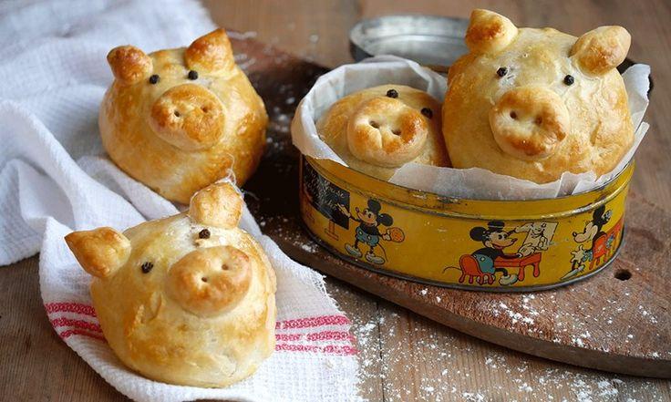 Du trenger kun en turmat denne påsken: Pølseboller formet som søte, små griser er akkurat hva man vil ha etter en lang skitur!