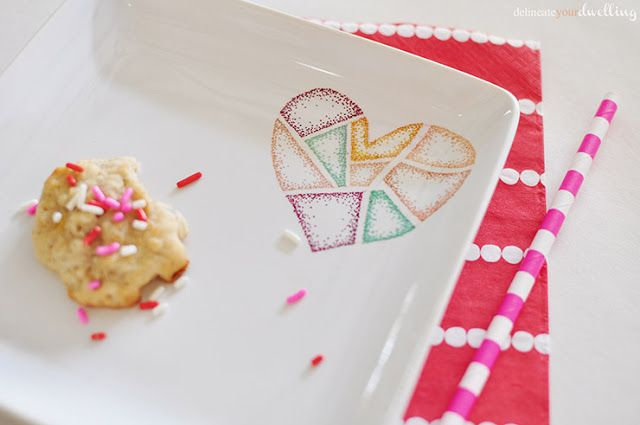 Valentine's Day Candy Dish DIY: Diy Valentines Day, Valentine'S Day, Colors Valentines, Valentines Ideas, Diy Crafts Ideas, Dishes Diy, Cookies Dishes, Candy Dishes, Sharpie Valentines