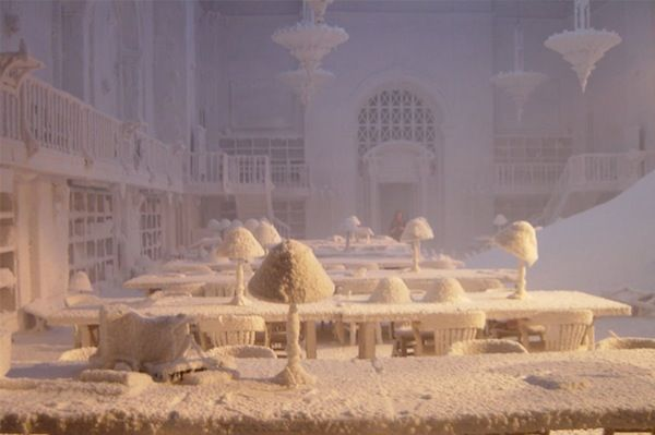 """""""Frozen"""" from The Day After Tomorrow  16 Great Library Scenes in Film"""