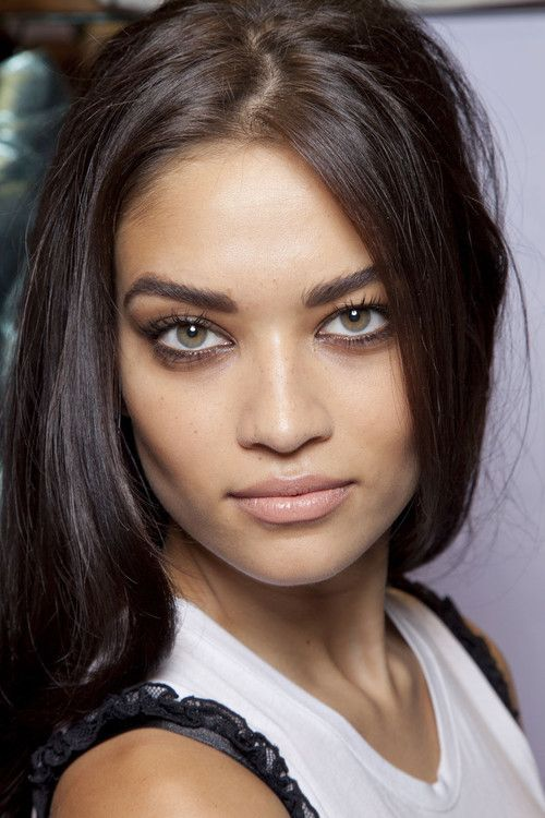 SHANINA SHAIK. Gooooood lawd. #beauty #model #highfashion